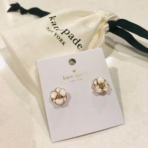 Kate Spade ♠️ Flower 🌸 Earrings
